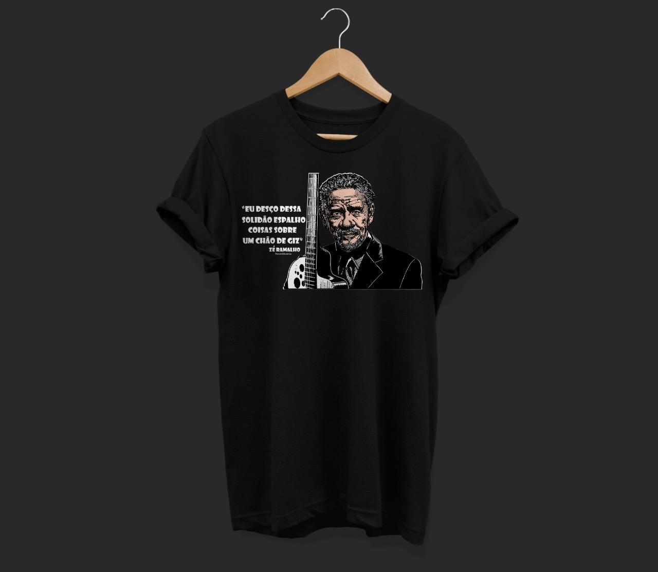 """Camiseta - """"Eu desço dessa solidão espalho coisas sobre um ..."""